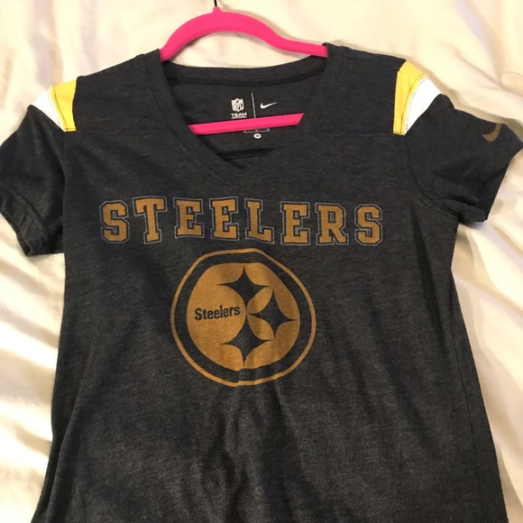 Nike Tops - Nike NFL Steeler shirt!💙